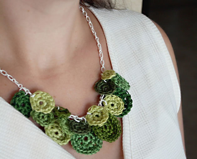 shades_of_green_necklace.jpg