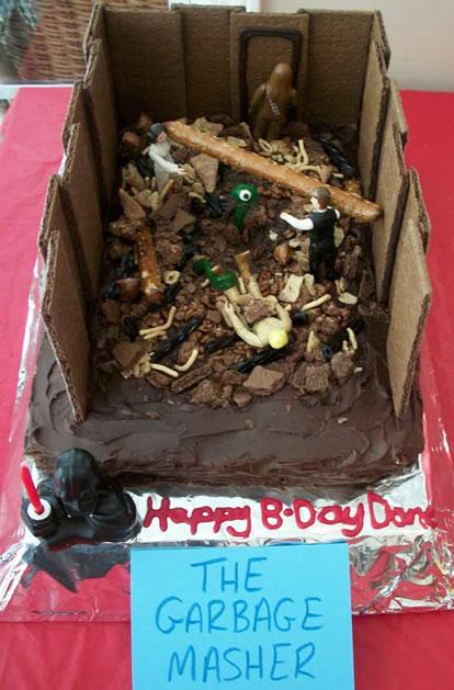star_wars_trash_compactor_cake.jpg