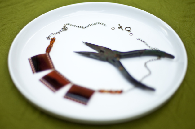 craftzine_negative_necklace_09.jpg