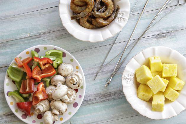 july-recipe-sweetandsourshrimp-preparetothread.jpg