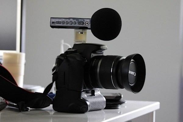 zoom-holder-700x466.jpg