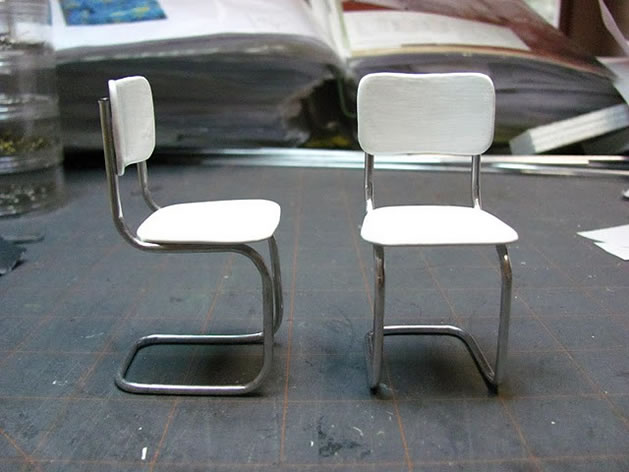 mini_metal_kitchen_chair.jpg