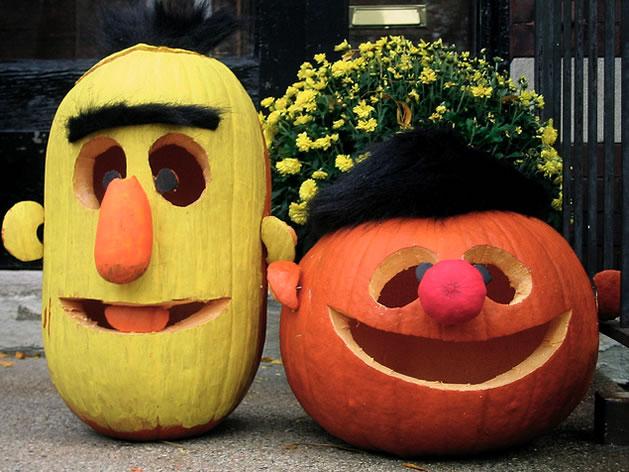 bert_ernie_pumpkins.jpg