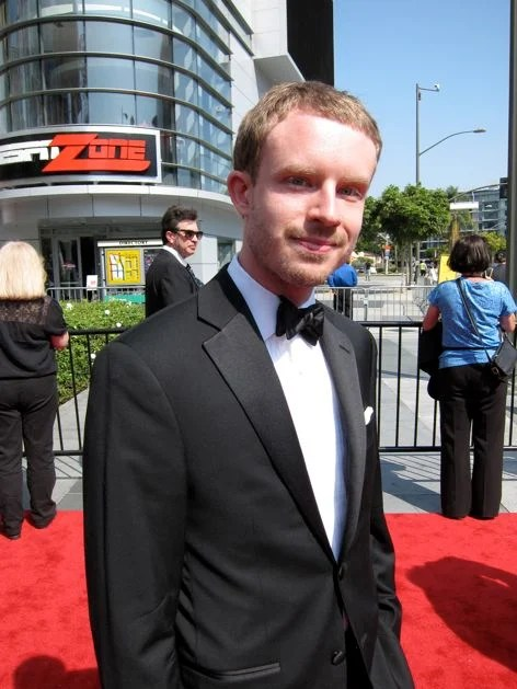 Emmy_Bow_Tie_Pocket_Square_Red_Carpet.jpg