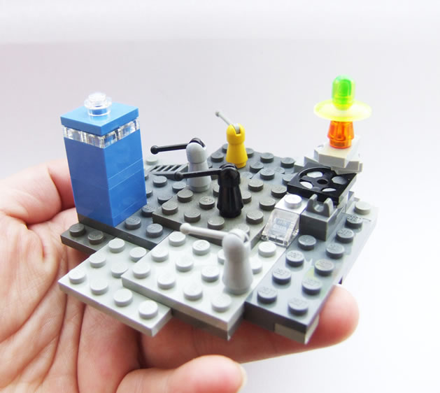 gift_guide_geek_lego_dalek.jpg
