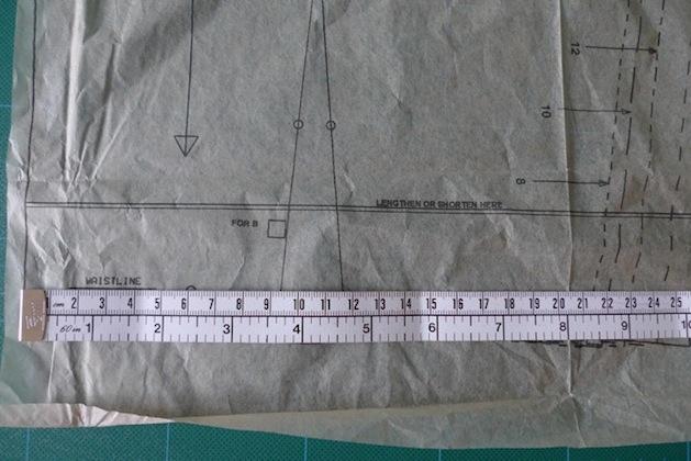 tillyandthebuttons_pattern_size_tutorial.jpg