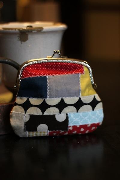 crafty_cpa_patchwork_coin_purse_best_of_craft.JPG