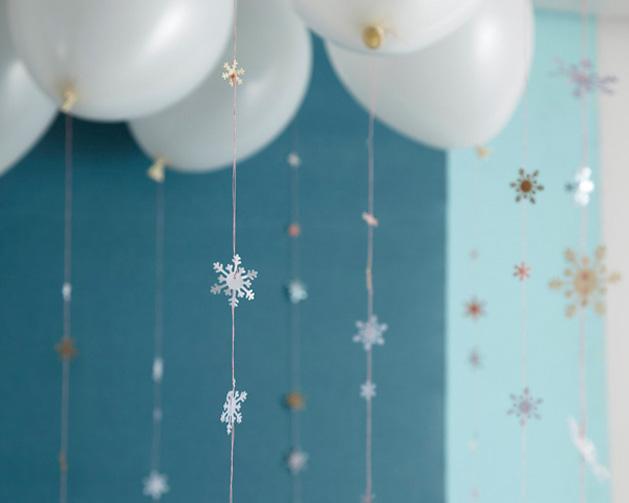 snowflake garland-2.jpg