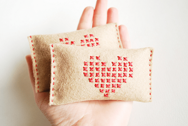 cross_stitch_hand_warmers_wild_olive.png