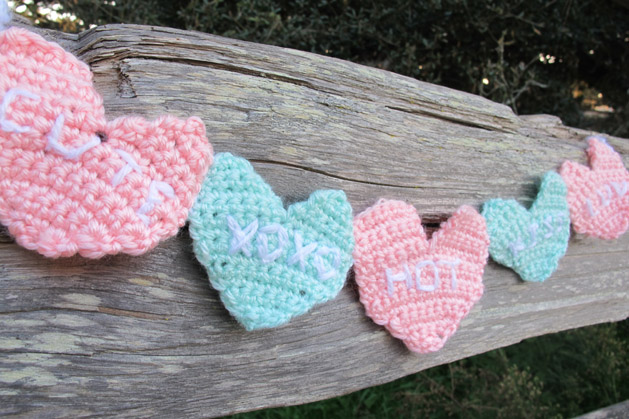 crochetconversationheart_finished2.jpg