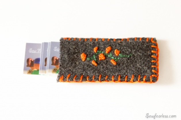 sewfearless_felt_mini_business_card_holder.jpg