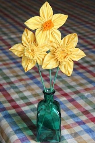 craftystaci_fabric_daffodil.jpg
