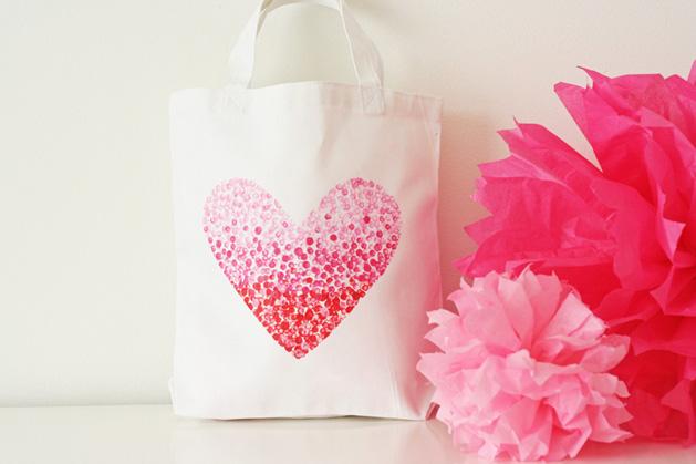 heart tote bag.jpg