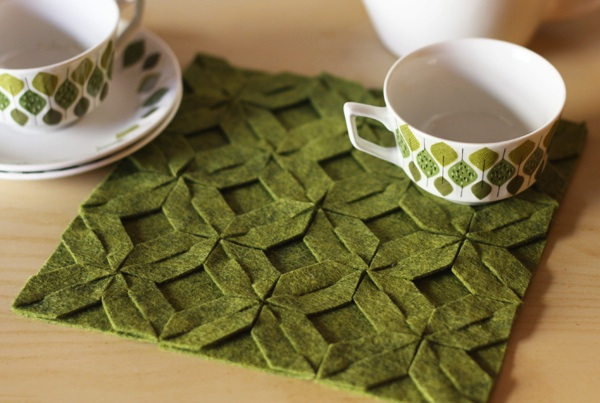how_about_orange_green-felt-trivet.jpg
