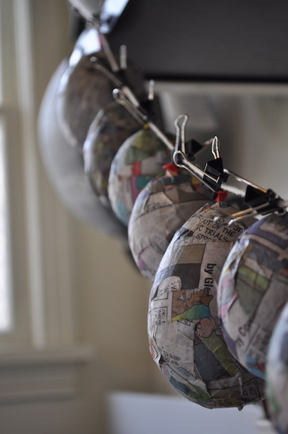 paper_mache_hanging_eggs_flickr_roundup.jpg