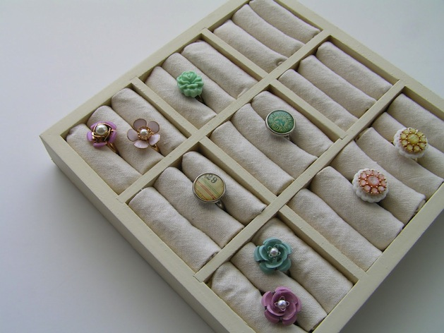 tea_rose_home_ring_display_case.jpg