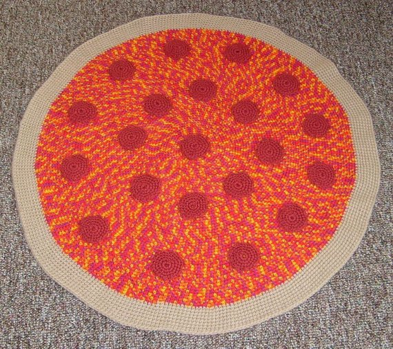 crochet-pizza-rug-2.jpg