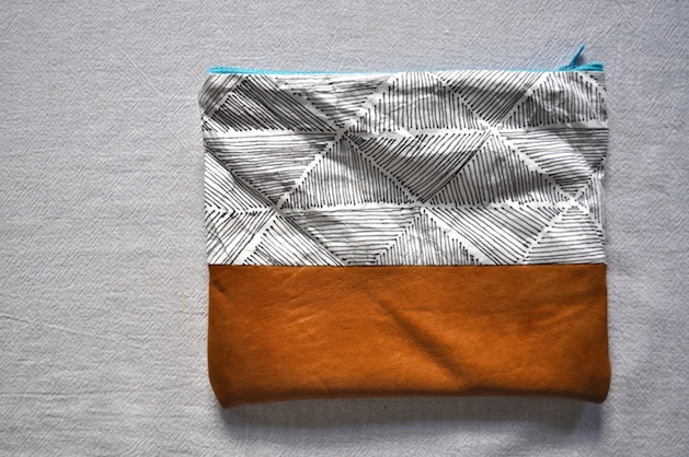 leather_and_tyvek_pouch_flickr_roundup.jpg