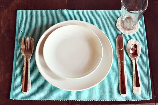 place_setting_placemat.jpg