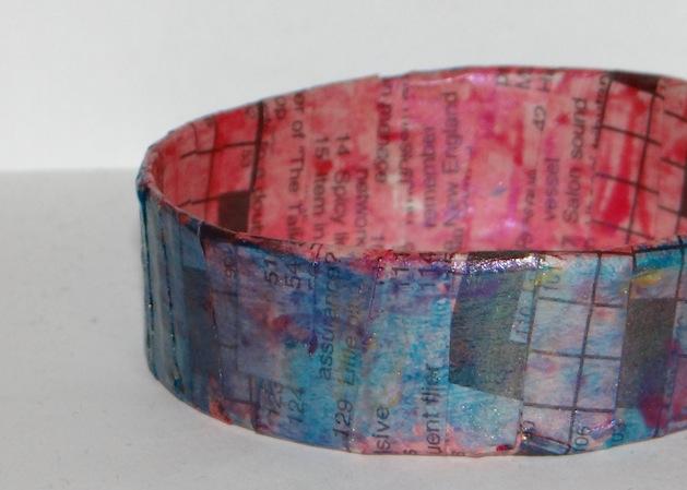 dont_eat_the_paste_paper_bracelet.jpg