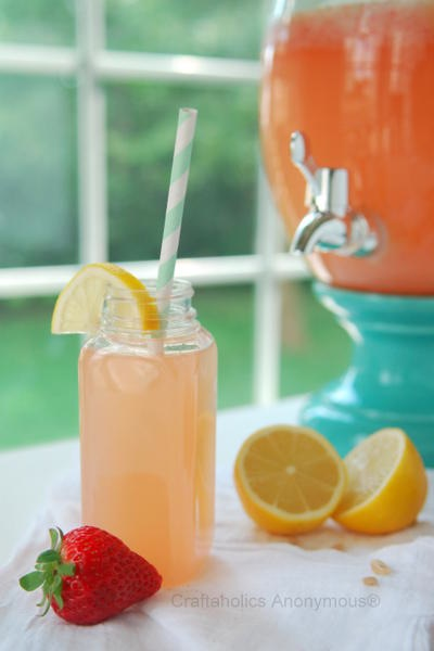 craftaholicsanonymous_strawberry_lemonade_recipe.jpg