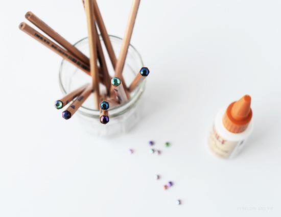 poppytalk_DIY_Sparkle_Pencils.jpg