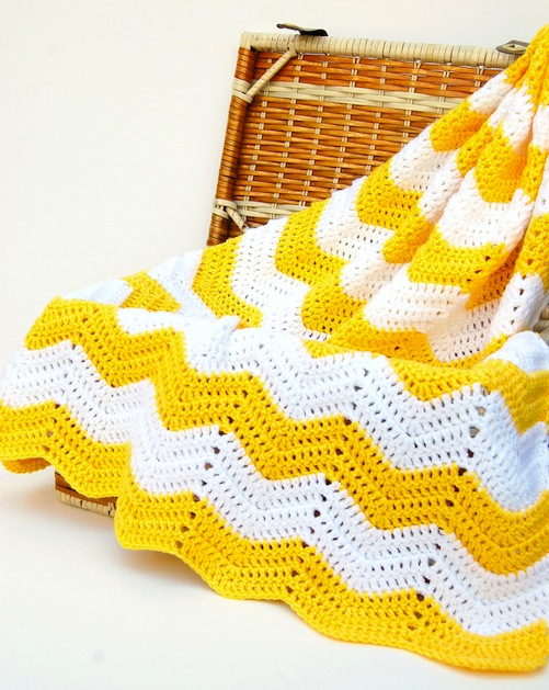 yellow_chevron_blanket_flickr_roundup.jpg