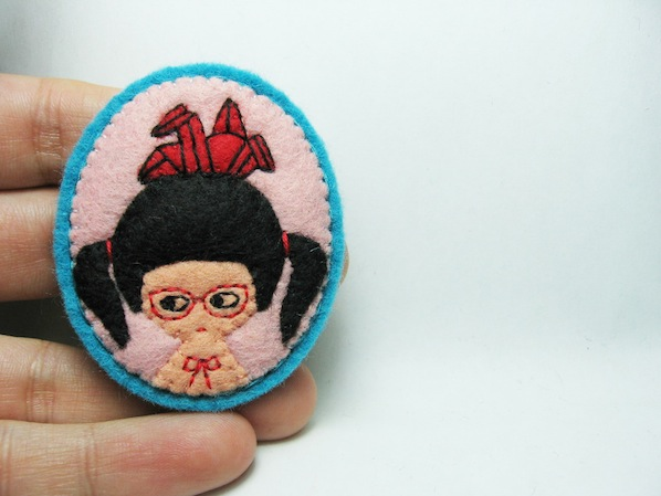 origami_girl_felt_brooch_flickr_roundup
