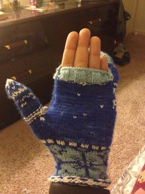 robert-frost-mittens-2
