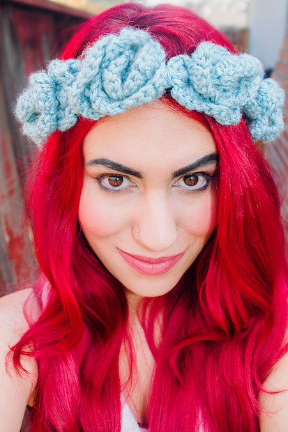 candypow_crocheted_floral_headband