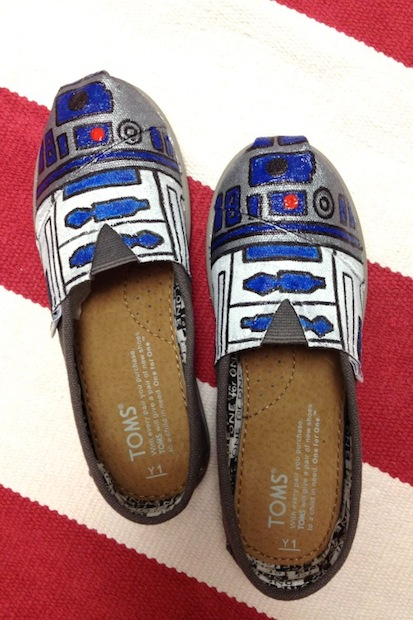 ilovetocreate_r2-d2_shoes
