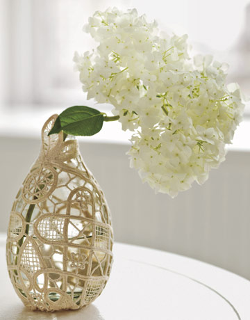 How-To: Doily Wrapped Vase