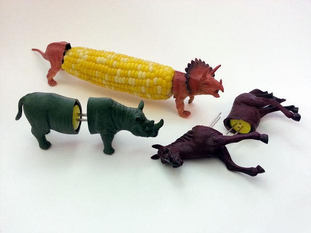 instructables_dinosaur_corn_holder_02