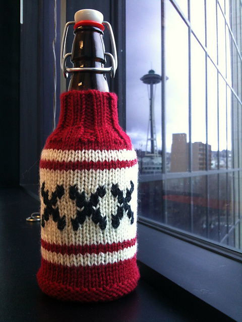 Triple X Beer Cozy Pattern Make