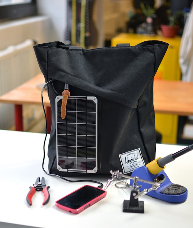 adafruit-solar-bag-minty-boost