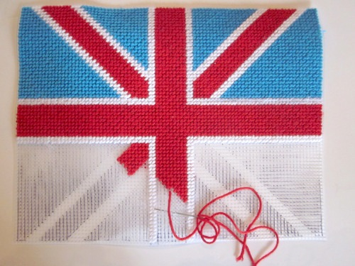 jennyhenrydesigns_union_jack_needlepoint_pillow_02