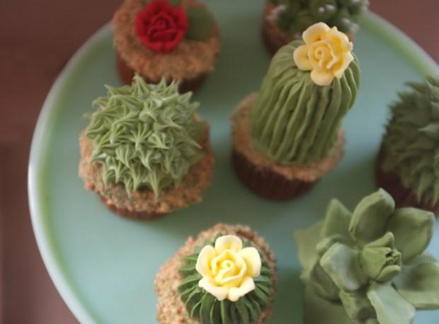 diy_cactus_cupcakes