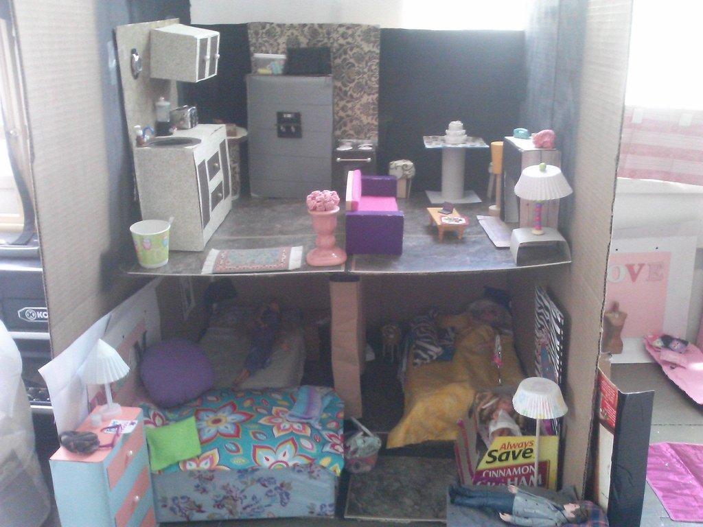 homemade-barbie-dream-house-1