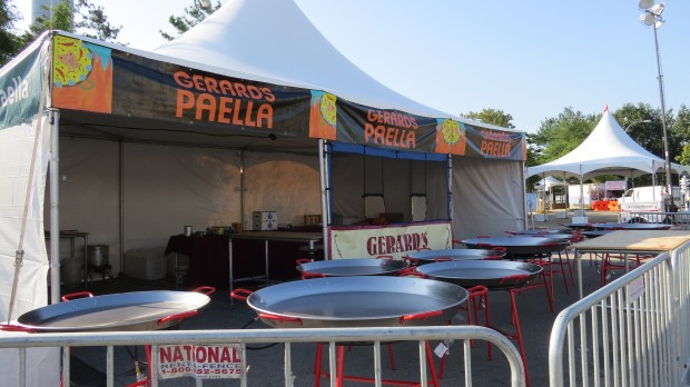Gerard's Paella is a Maker Faire favorite.