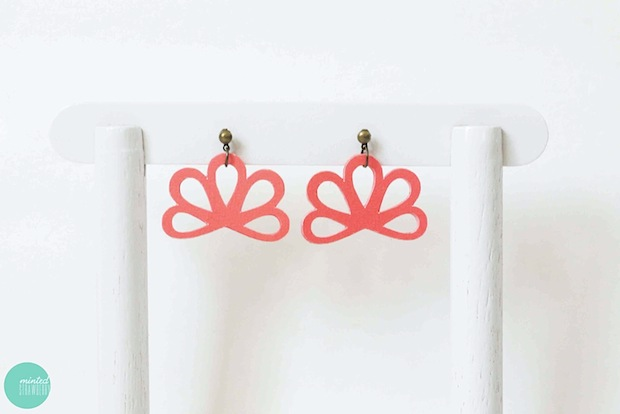 mintedstrawberry_paper_earrings_01