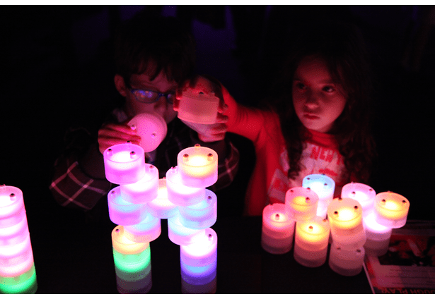 These building modules light up and change color as you play with them.