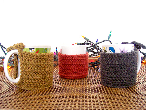 instructables_crocheted_coffee_mug_cozy_01
