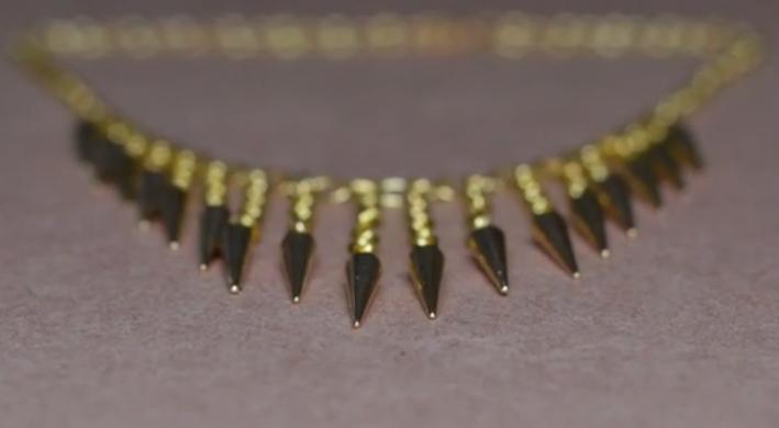 Simple DIYs-waterfall necklace-2