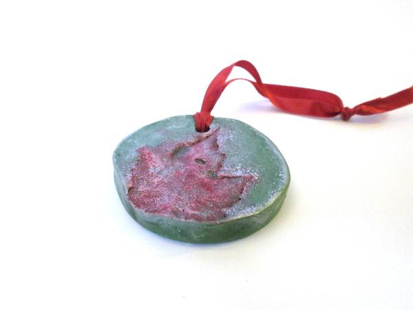 02_leaf_christmas_ornament_flickr_roundup