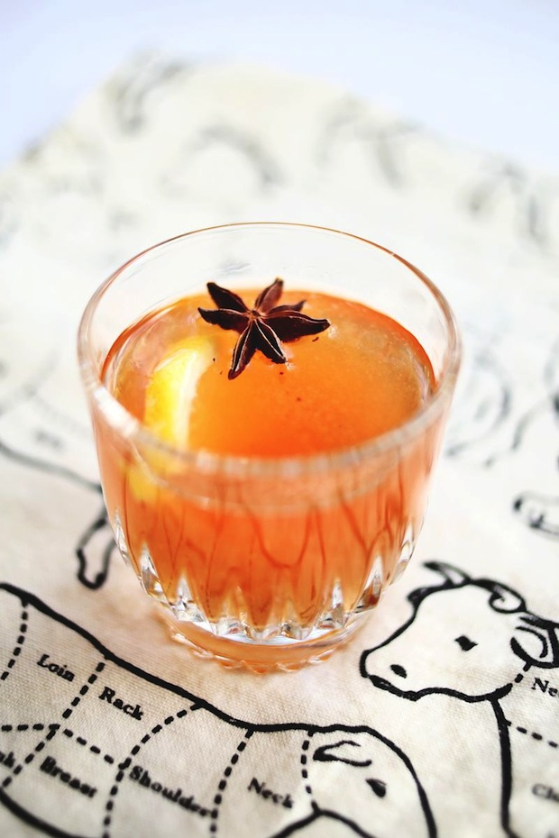 abeautifulmess_vanilla_bean_whiskey_cocktail_01
