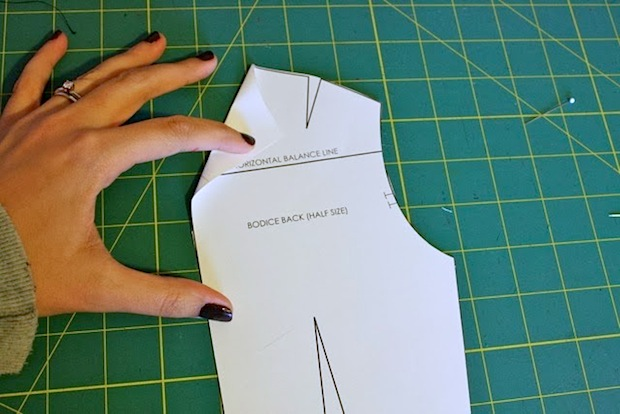 blogforbettersewing_fold-back_neckline_02