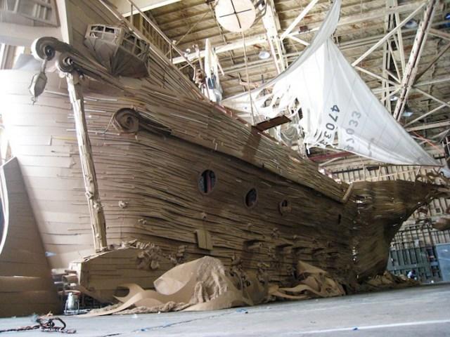 CardboardPirateShip1