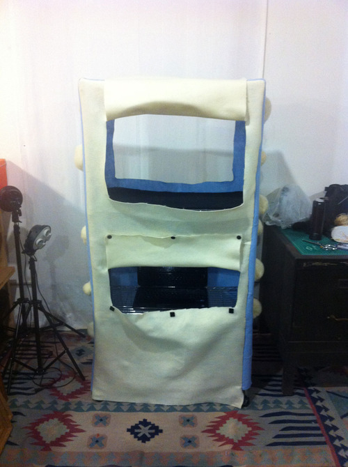 felted-arcade-cabinet-3