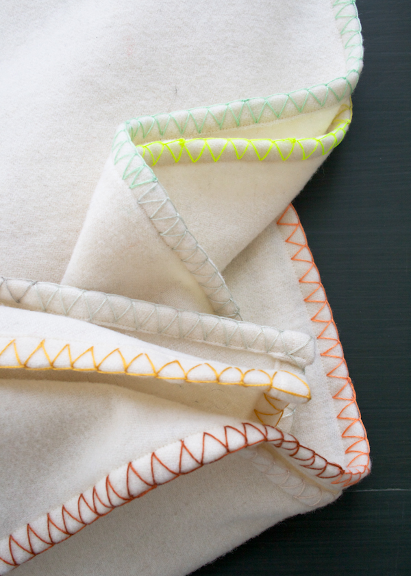 purlbee_ombre_edge_throw_02
