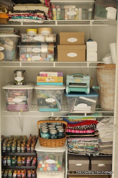 thecountrychiccottage_organized_craft_closet_01